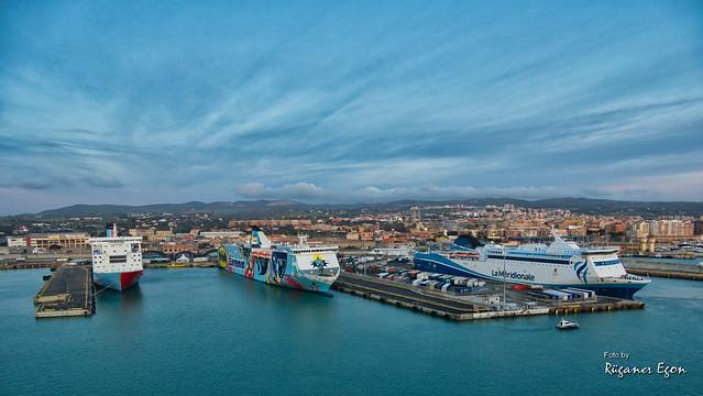 Civitavecchia - der Hafen für Rom (Explore)