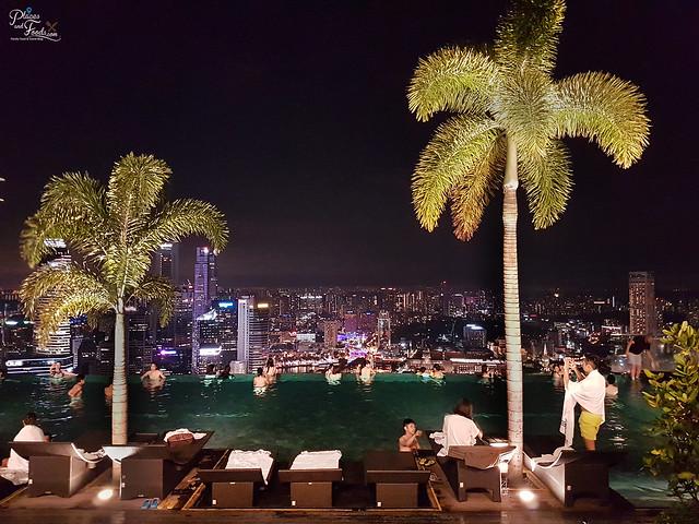 marina bay sands singapore infinity pool night