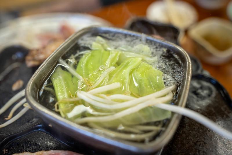 ジンギスカン鍋で温野菜