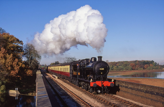 4422 At Swithland Reservoir. 18/11/1995.