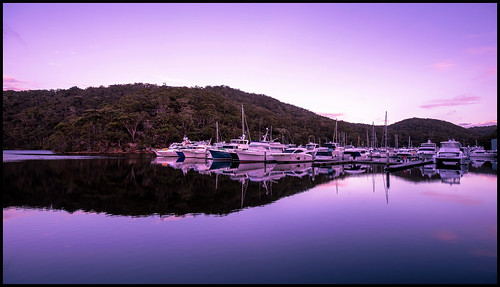 bobbinhead sydney cowancreek dusk sunset marina boats foleysbay kuringgaichasenationalpark