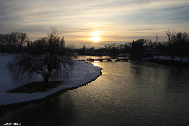 Winter dusk on the river Korana