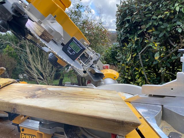 Checking the angle of the saw blade