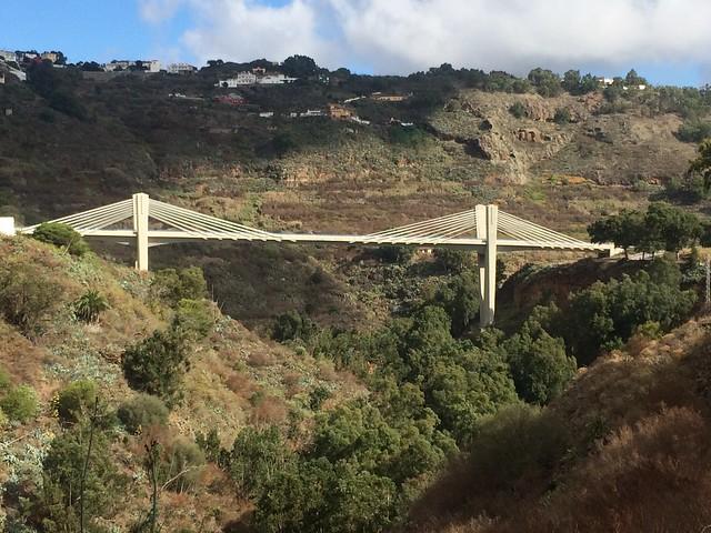 25 Puente sobre el barranco de Teror desde carretera de Teror GC21 Romeria del Pino 2018 de Tamaraceite a Teror Gran Canaria