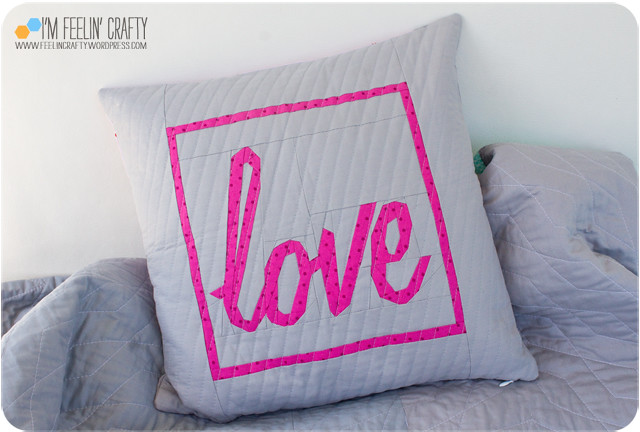 LovePillow-Front-ImFeelinCrafty