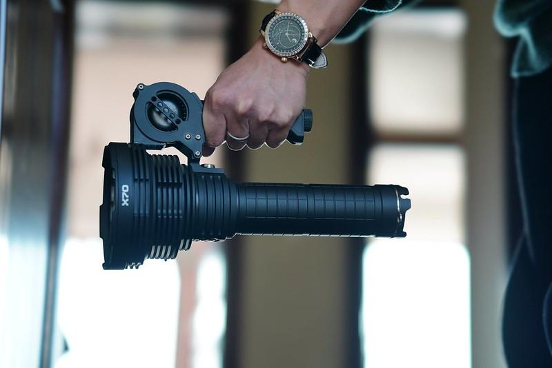 ACEBEAM X70最亮的手電筒 60000 流明 (6)