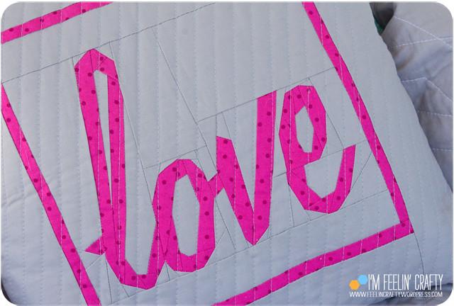 LovePillow-Detail-ImFeelinCrafty