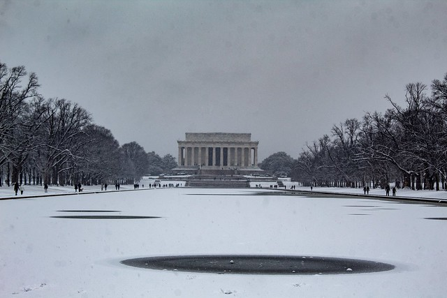 Reflecting pool with Lincoln Memorial