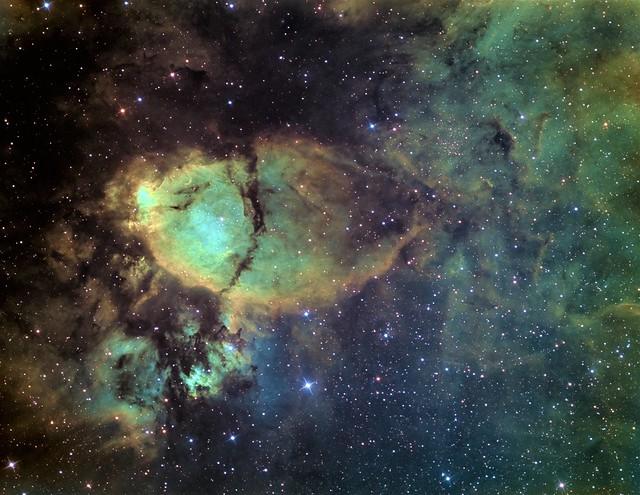 VCSE - A Halfej-köd (IC 1795, Fishhead-nebula) - Fotó: Mezei Balázs