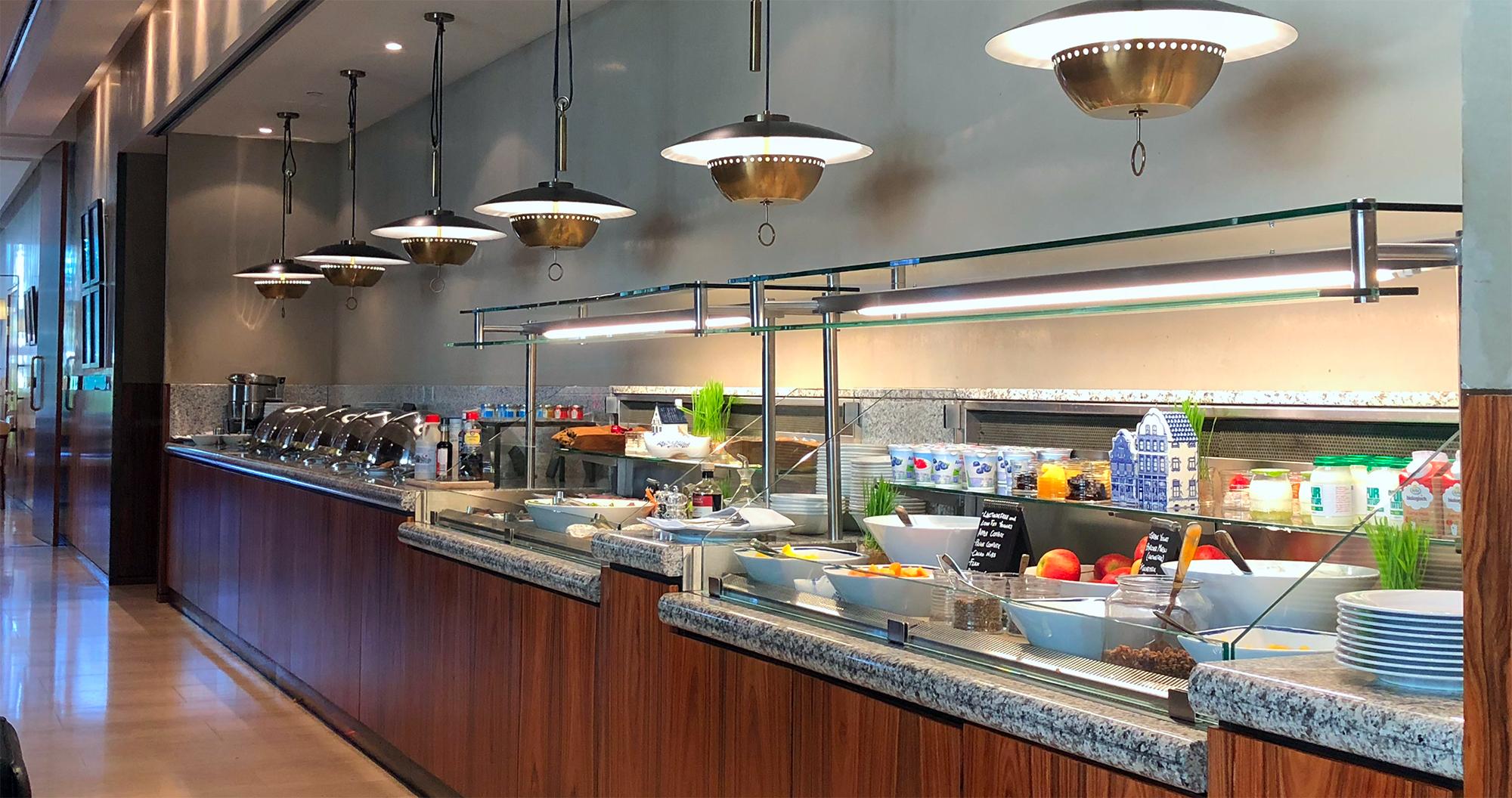 Hotel Hilton Amsterdam - Thewotme hilton amsterdam - 50915559033 f46c85d75f o - El emblemático Hotel Hilton Ámsterdam