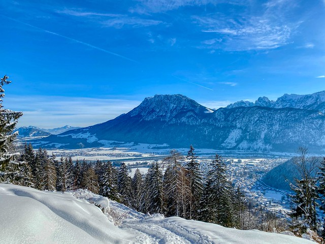 River Inn valley and Zahmer Kaiser mountain range in winter seen from Nußlberg near Kiefersfelden in Bavaria, Germany