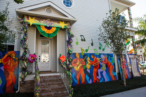 Jazz Foundation of America house with Krewe of House Floats at 6075 Laurel. Photo by Ryan Hodgson-Rigsbee.