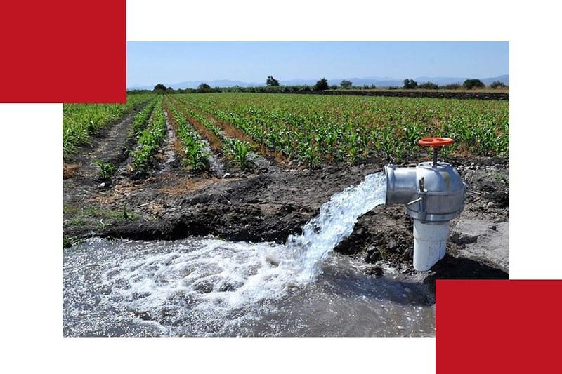 La ley indica que el agua es un bien de uso público: ¿en qué se sustenta entonces su mercantilización?