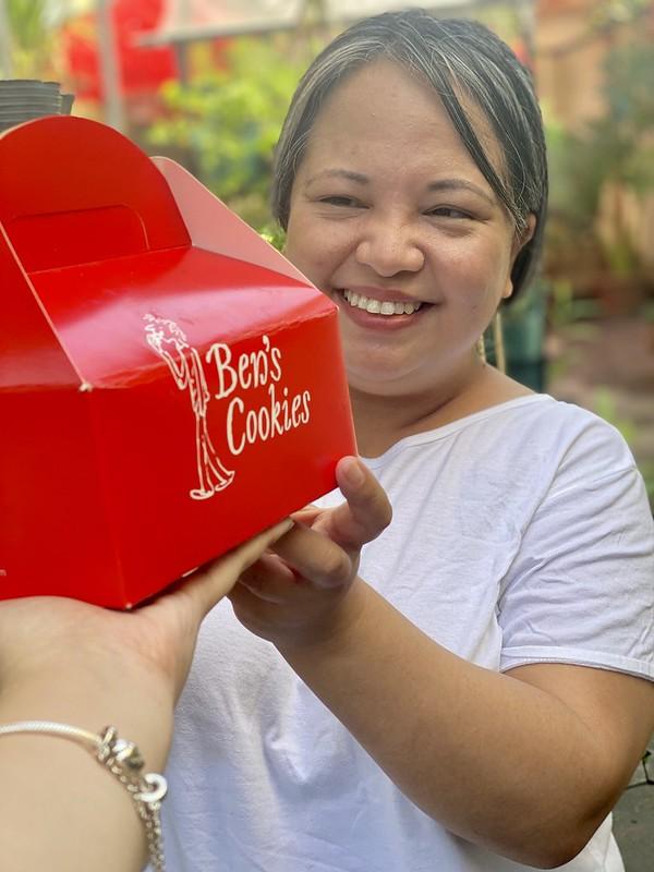 Ben's Cookies Valentine