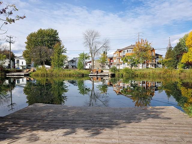Un Bel Après-Midi D'Automne Au Vieux Canal De Beauharnois. 2020 10 04 14:40.42
