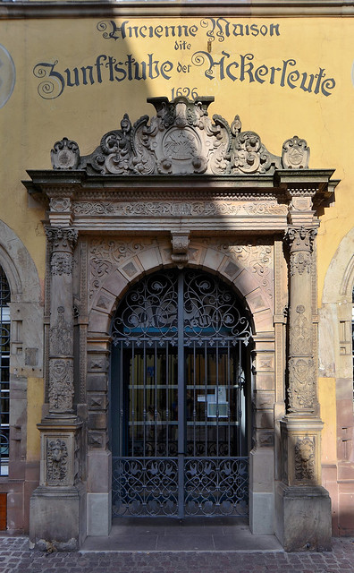 Colmar (Haut-Rhin) - Poêle des Laboureurs (7 rue Vauban) - Porte Renaissance