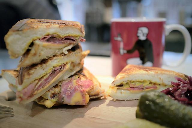 Velo's Pastrami Beef Double Hot Sandwich