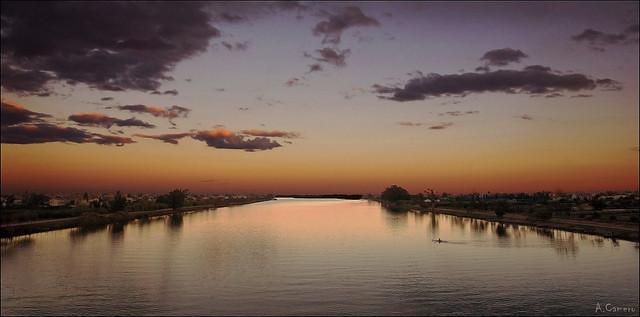 Atardecer en el rio Ebro.