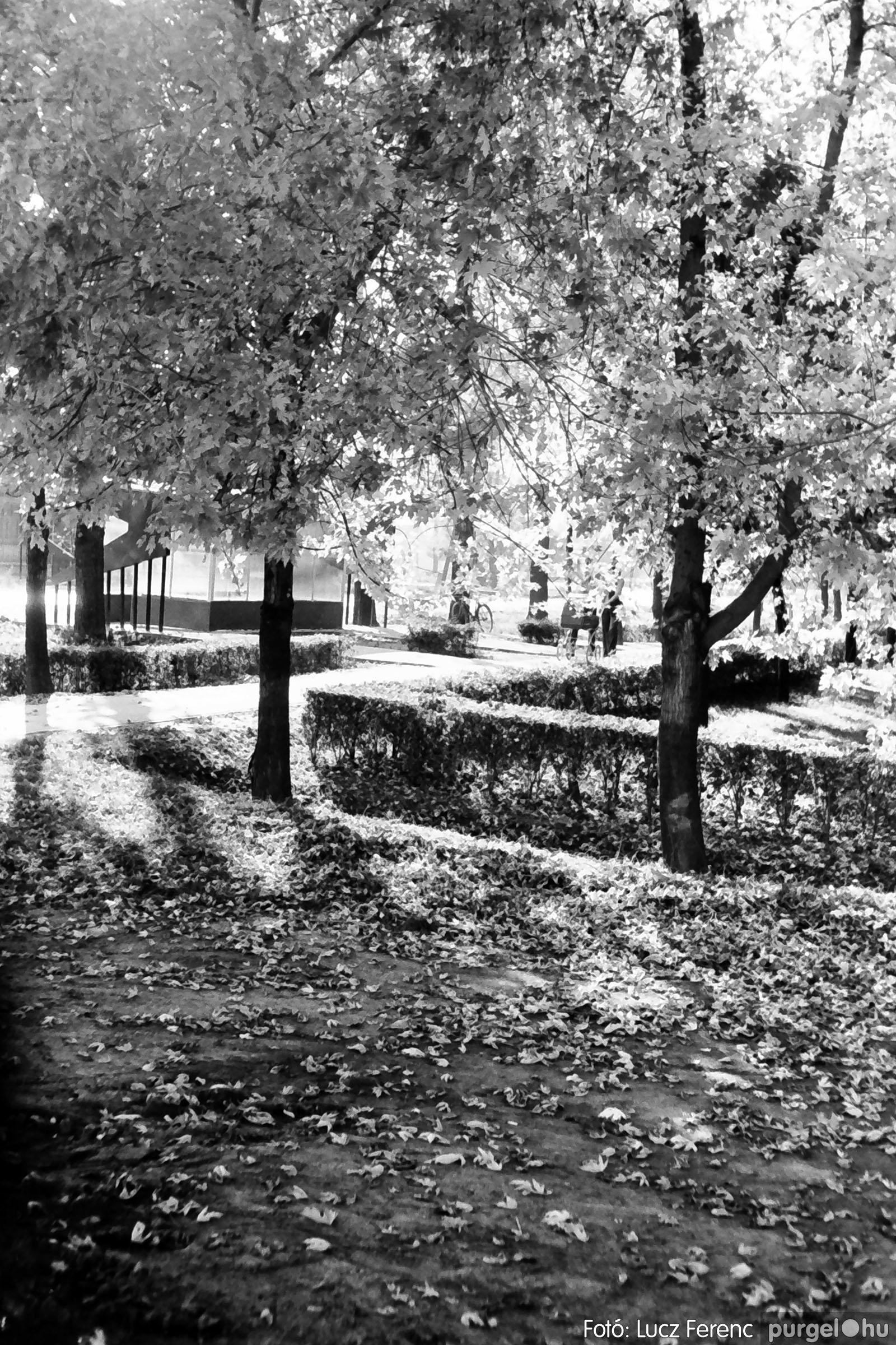 022 1975. Kurca, faluközpont, sportpálya 004 - Fotó: Lucz Ferenc .jpg
