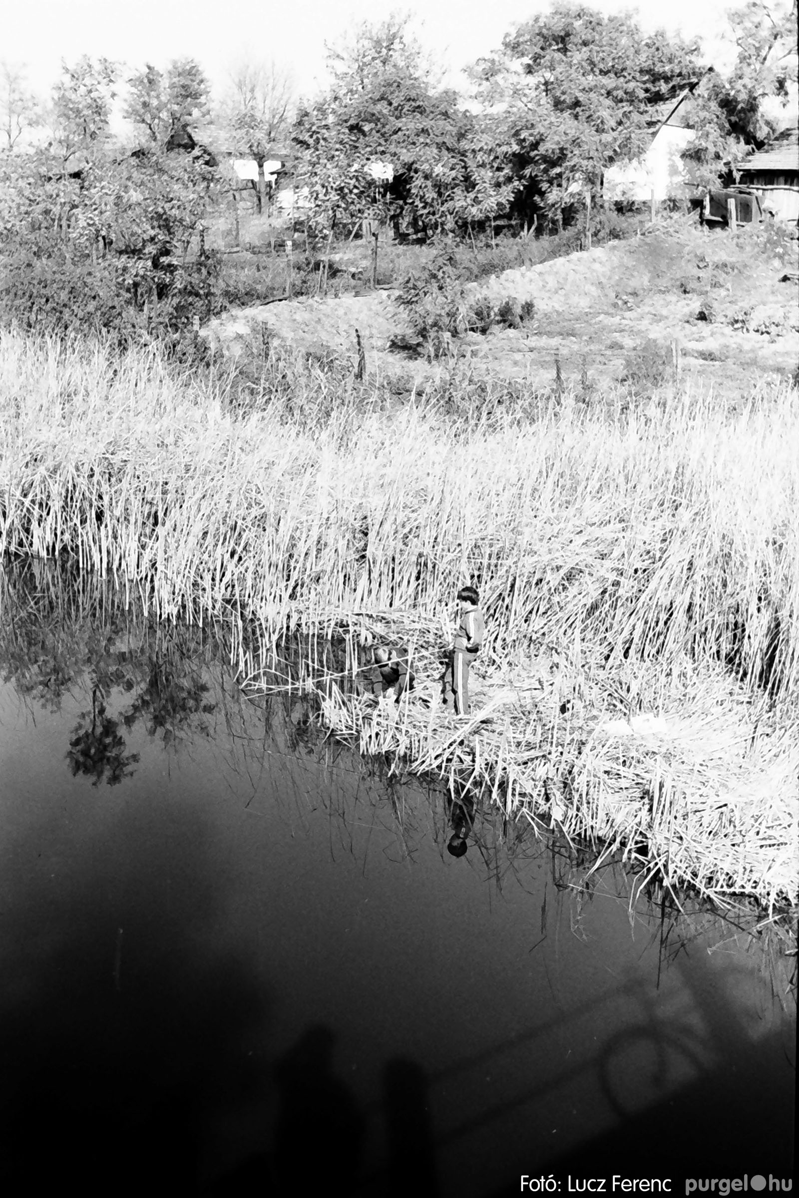 022 1975. Kurca, faluközpont, sportpálya 001 - Fotó: Lucz Ferenc .jpg