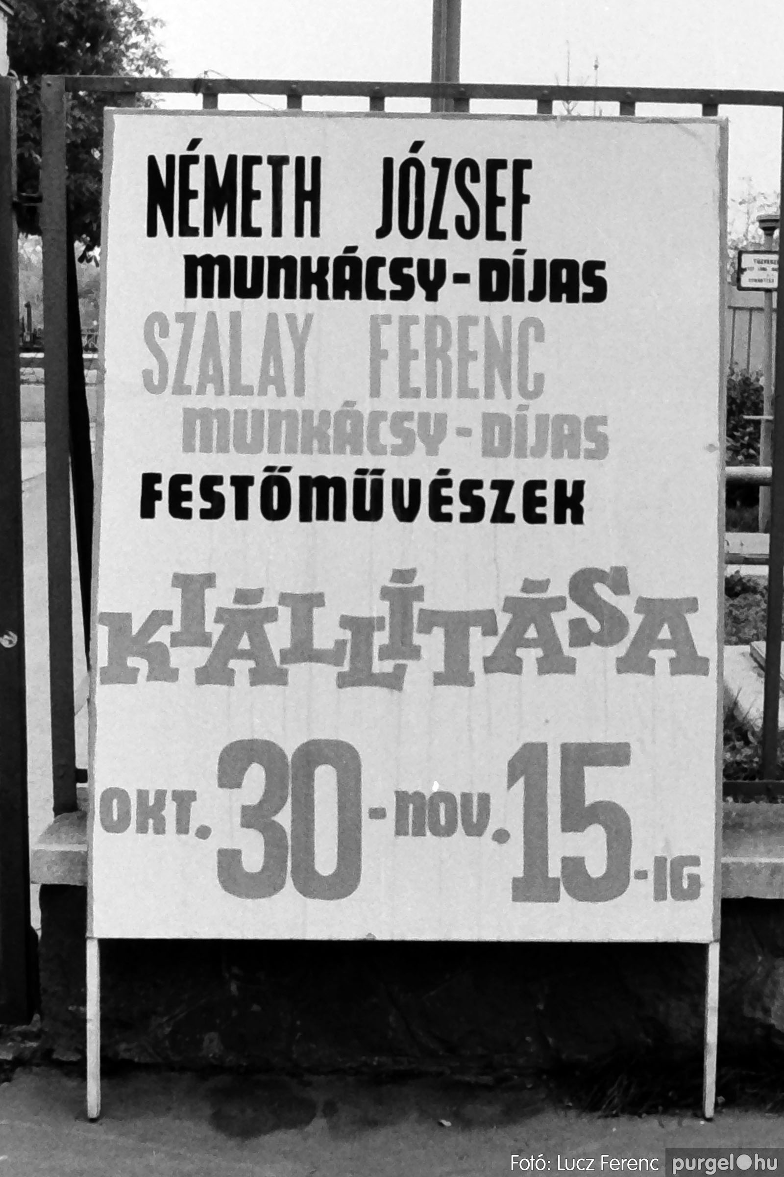 024 1975.10. Németh József és Szalay Ferenc festőművészek kiállítása 026 - Fotó: Lucz Ferenc IMG00228q.jpg