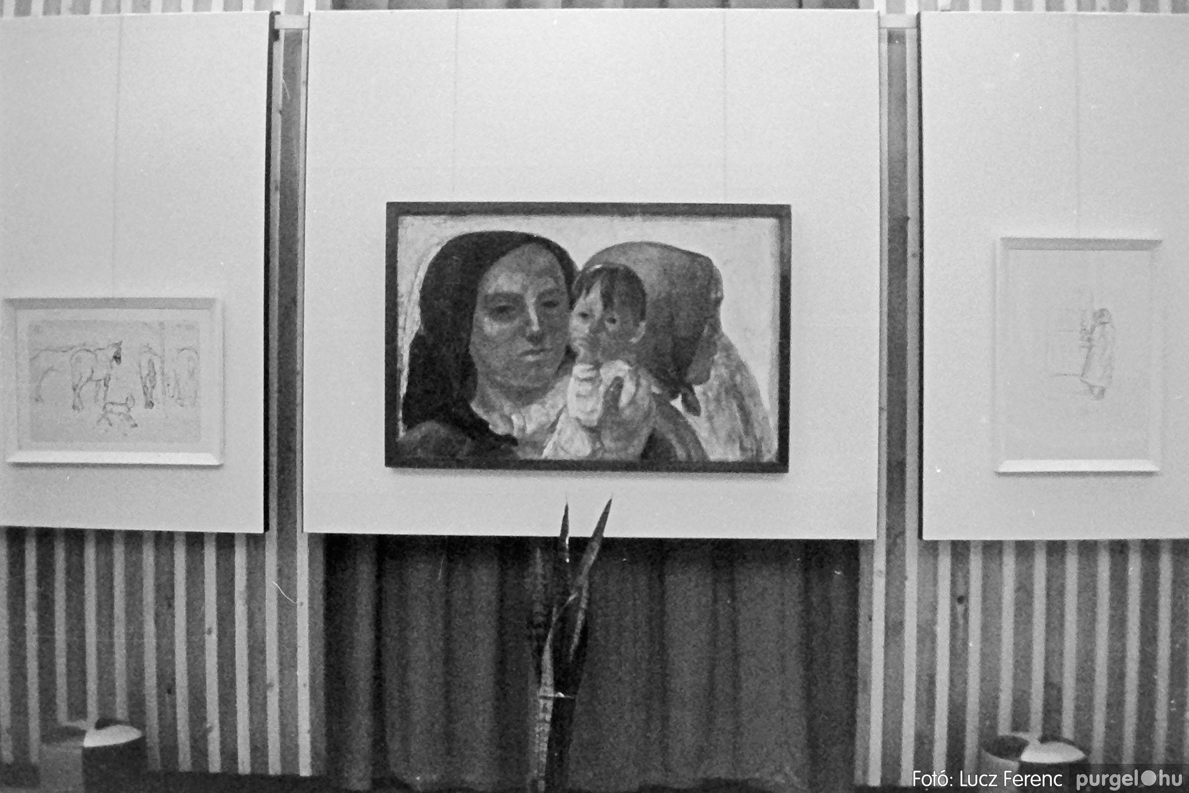 024 1975.10. Németh József és Szalay Ferenc festőművészek kiállítása 014 - Fotó: Lucz Ferenc IMG00214q.jpg