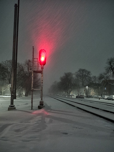 city illinois chicago railroad red night snow urban landscape beverly