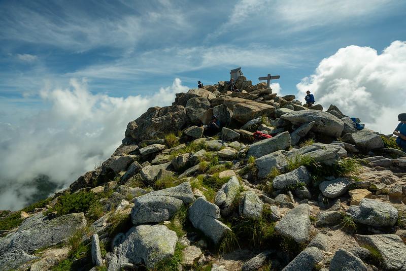 常念岳の山頂