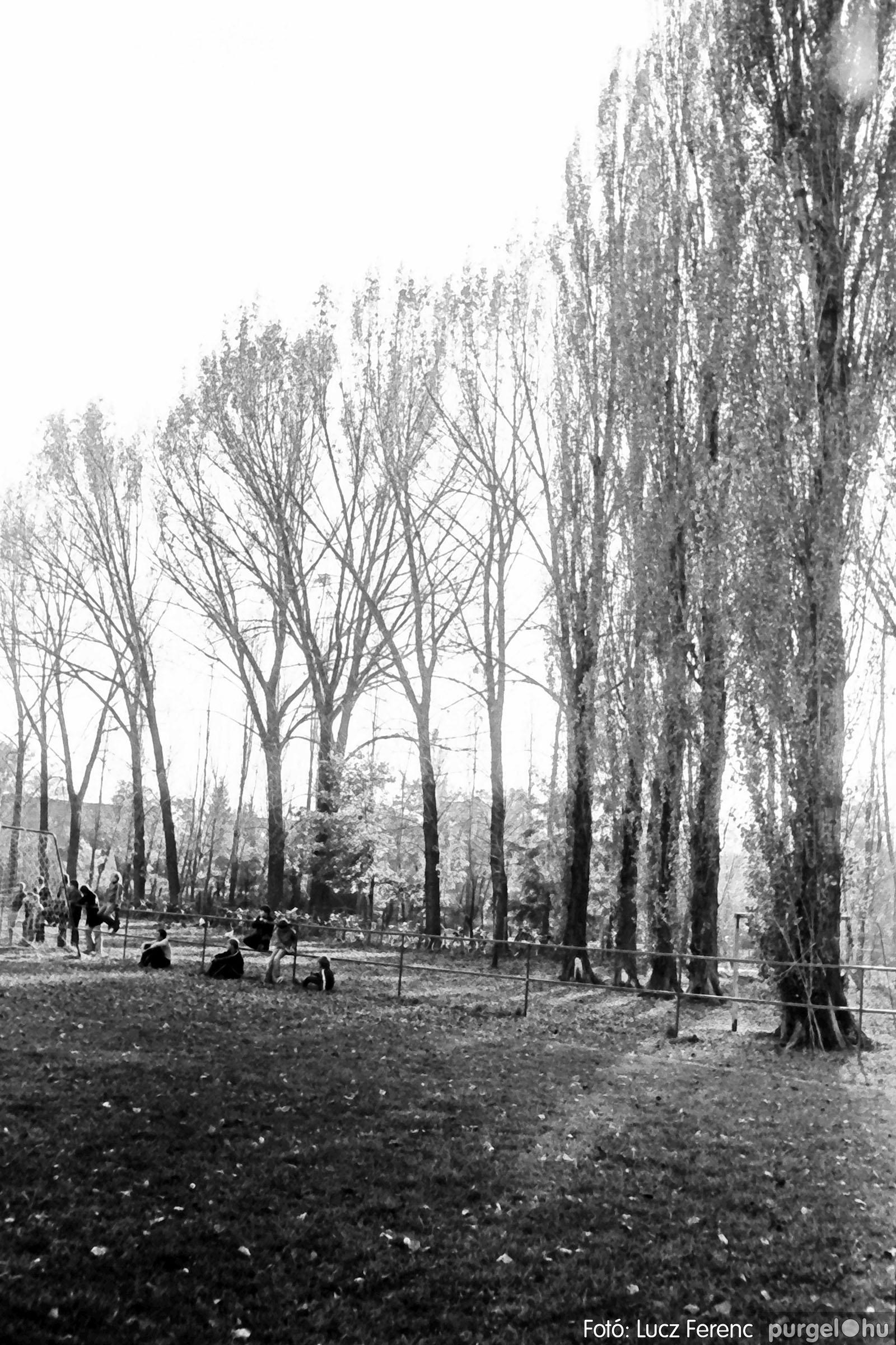 022 1975. Kurca, faluközpont, sportpálya 007 - Fotó: Lucz Ferenc .jpg