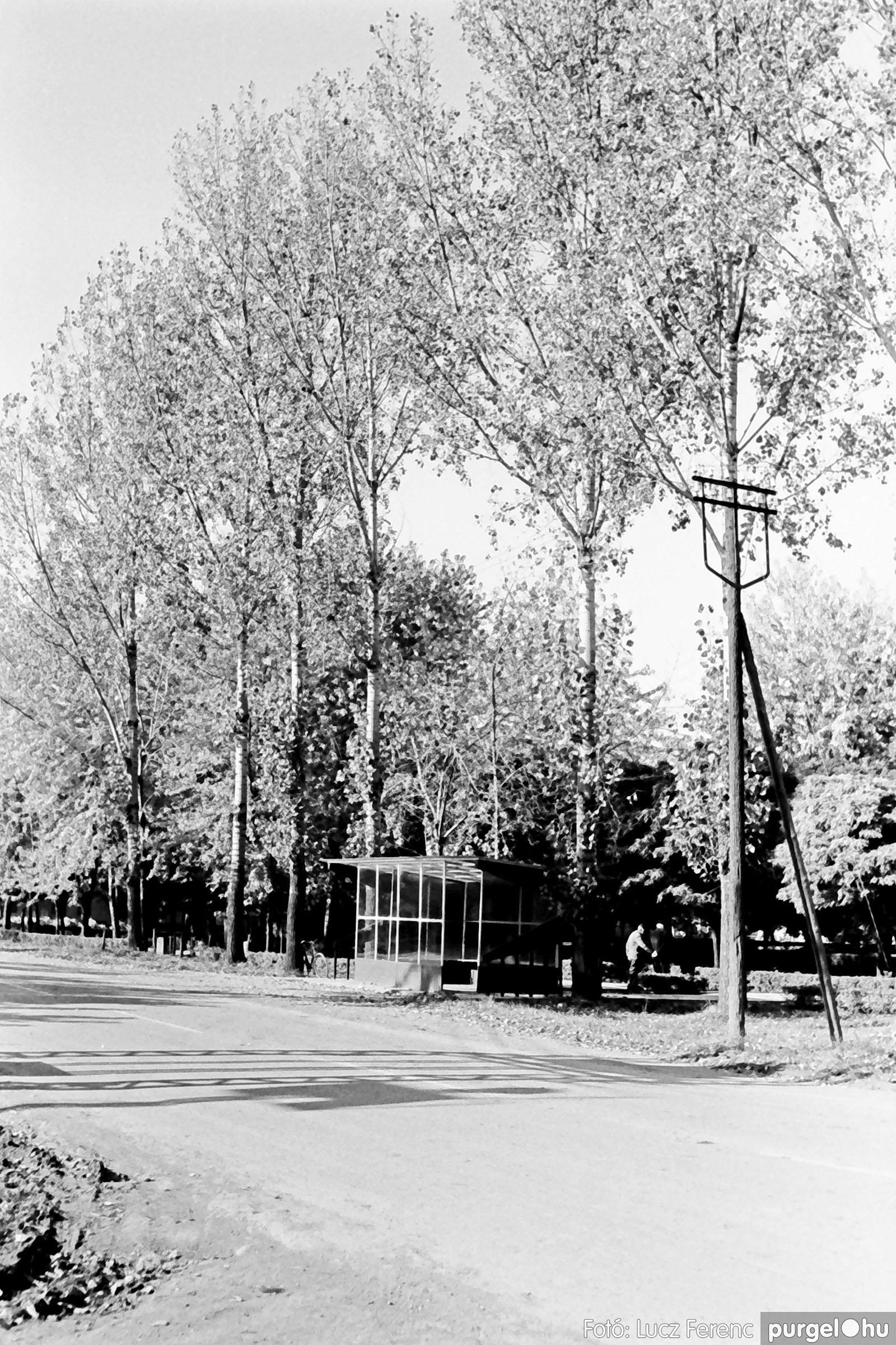 022 1975. Kurca, faluközpont, sportpálya 003 - Fotó: Lucz Ferenc .jpg