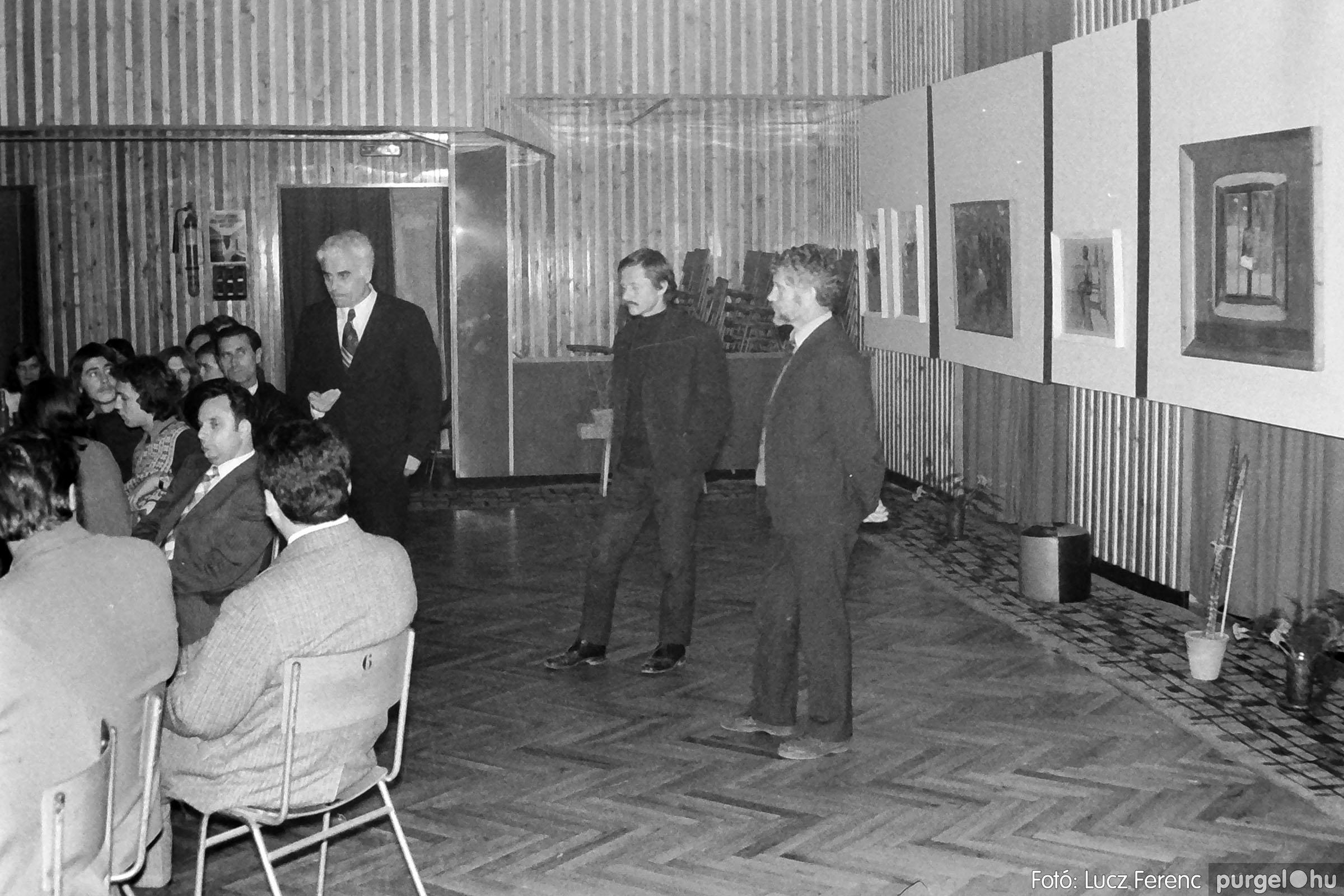 024 1975.10. Németh József és Szalay Ferenc festőművészek kiállítása 017 - Fotó: Lucz Ferenc IMG00218q.jpg