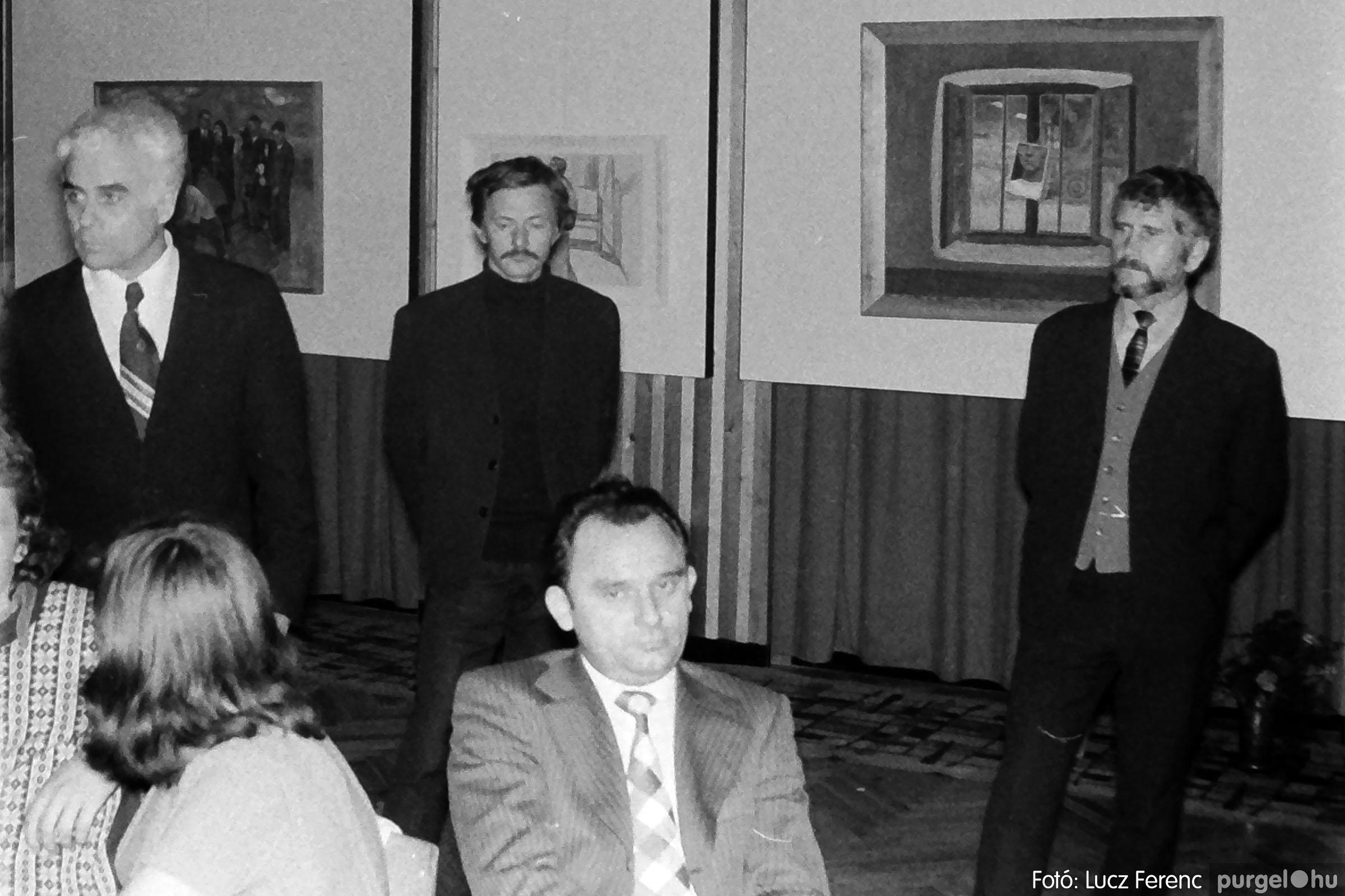 024 1975.10. Németh József és Szalay Ferenc festőművészek kiállítása 016 - Fotó: Lucz Ferenc IMG00217q.jpg
