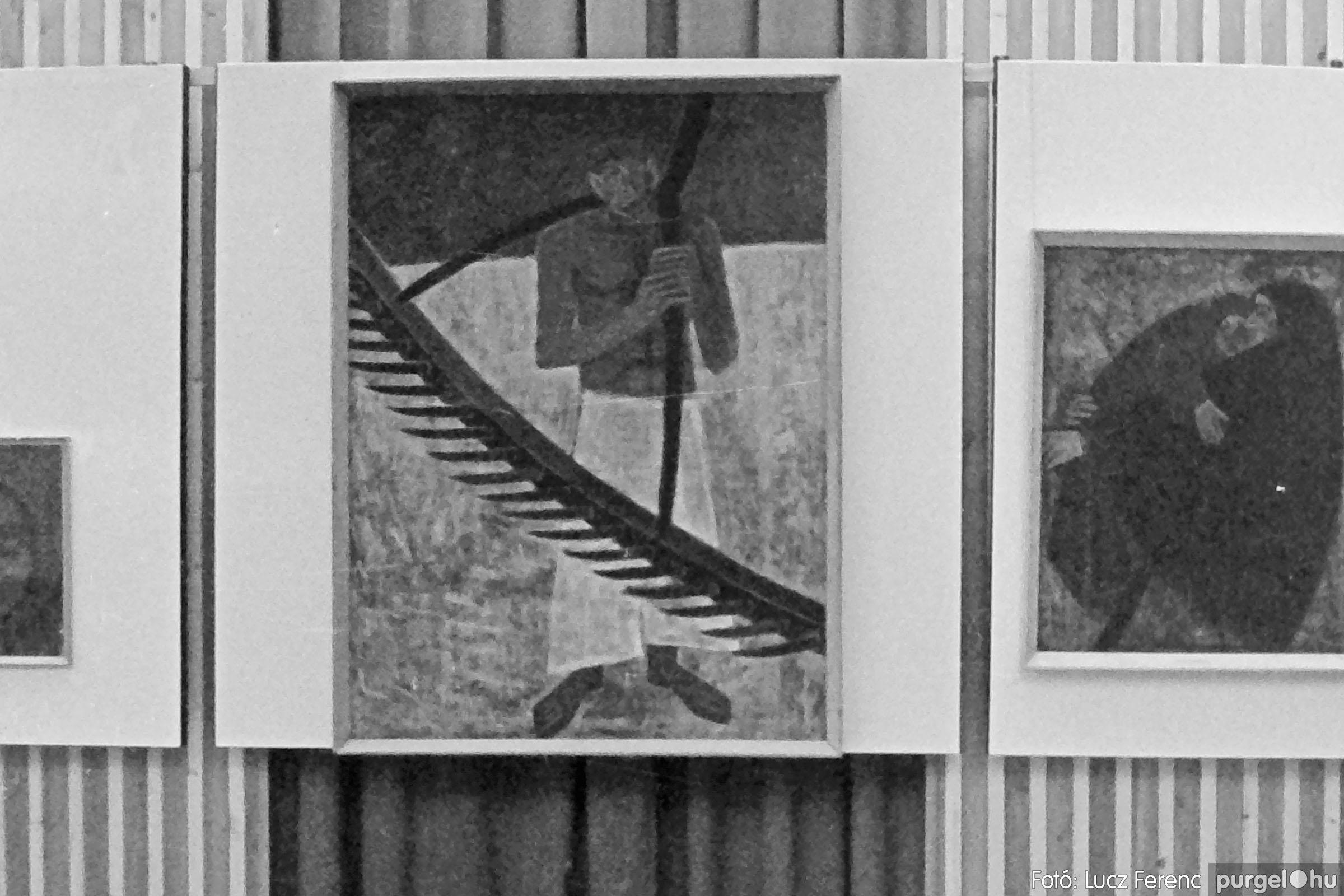 024 1975.10. Németh József és Szalay Ferenc festőművészek kiállítása 015 - Fotó: Lucz Ferenc IMG00215q.jpg