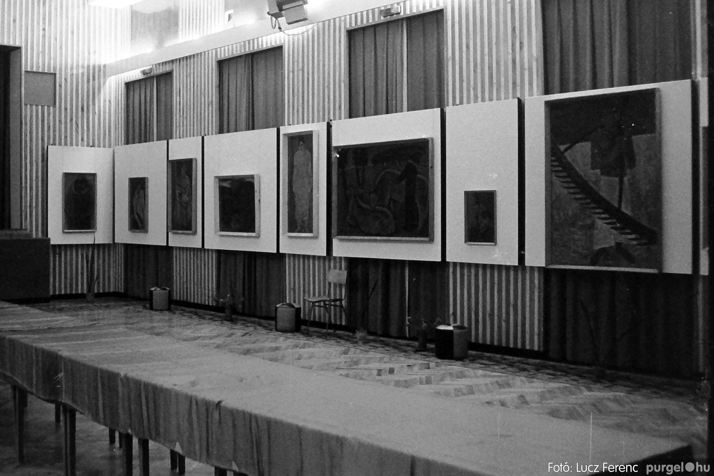 024 1975.10. Németh József és Szalay Ferenc festőművészek kiállítása 012 - Fotó: Lucz Ferenc IMG00212q.jpg
