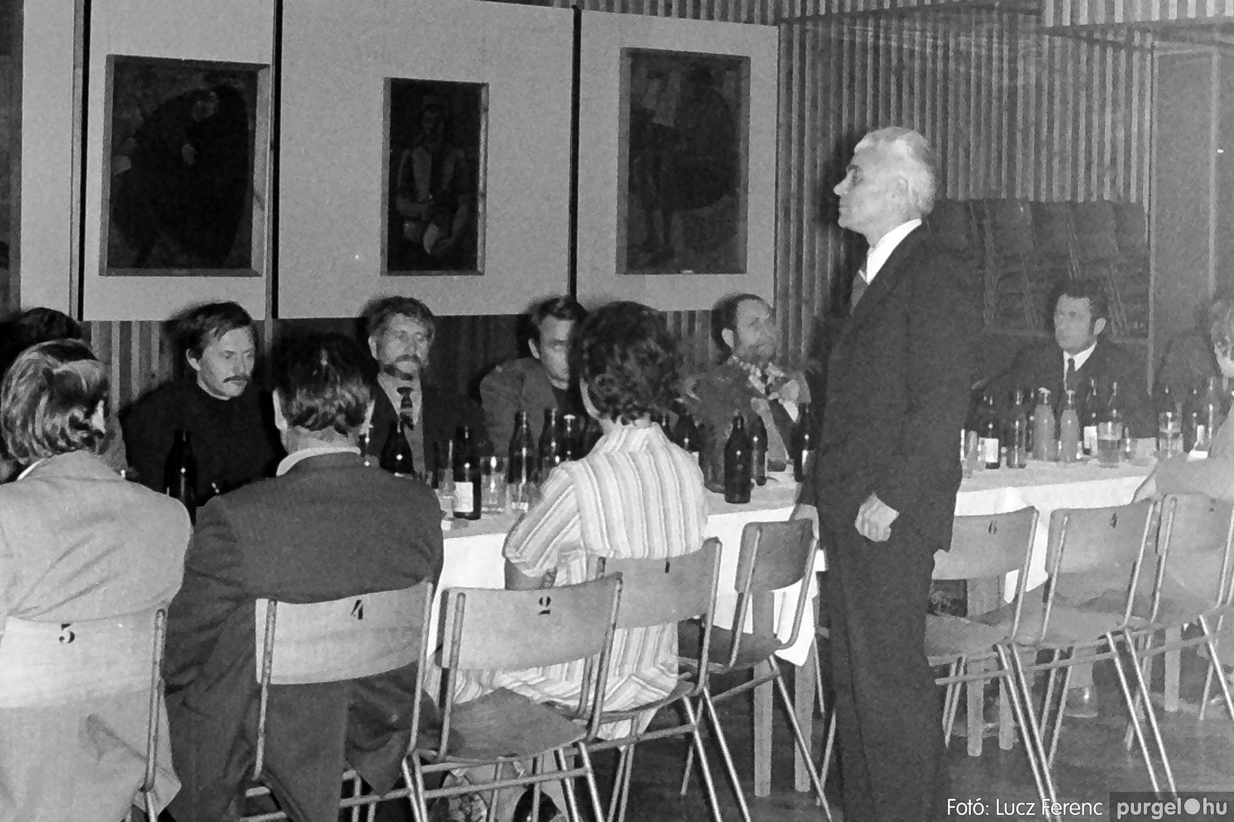 024 1975.10. Németh József és Szalay Ferenc festőművészek kiállítása 005 - Fotó: Lucz Ferenc IMG00203q.jpg