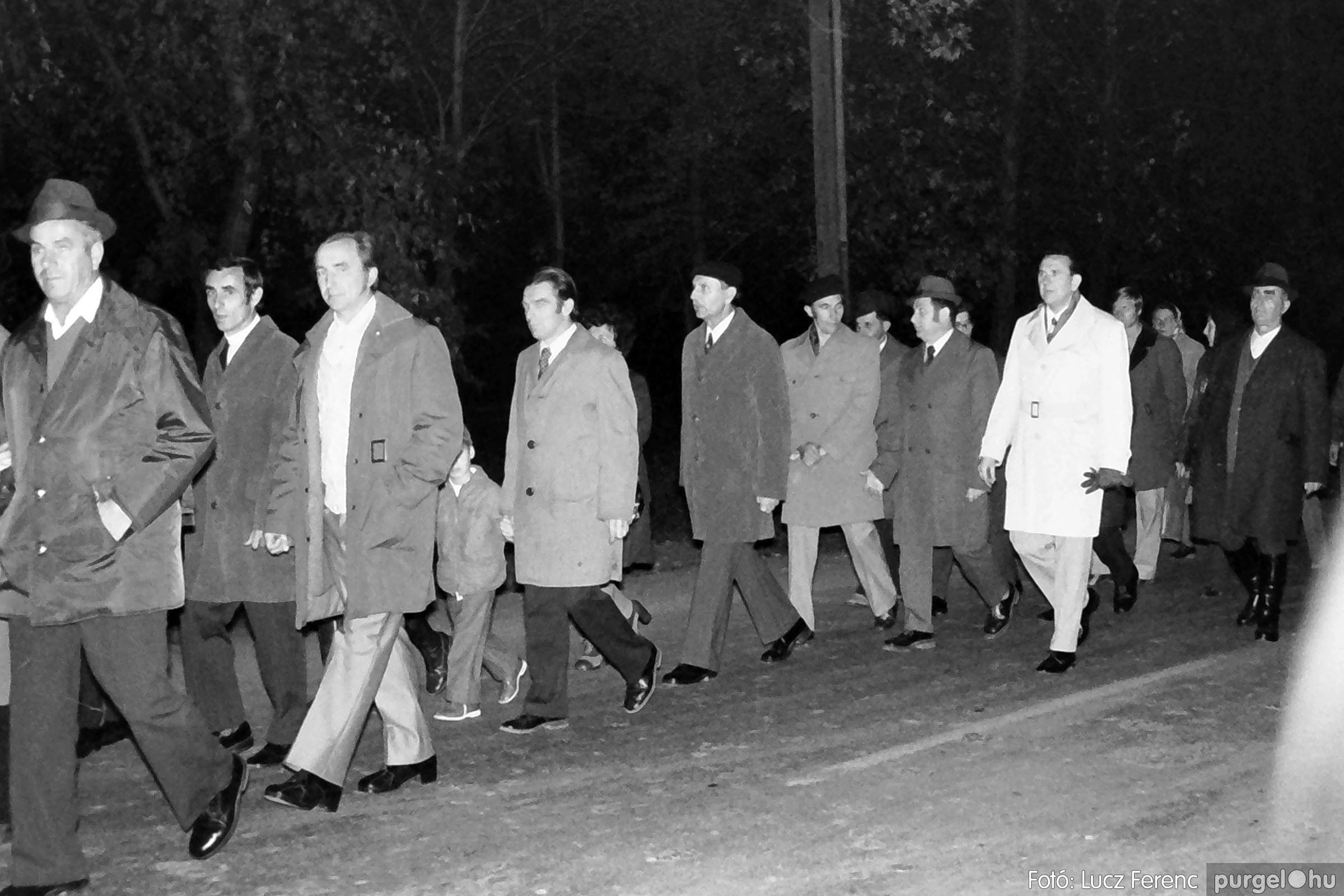 1975.11.07. 005 26. negatív - November 7-i ünnepség - Fotó: Lucz Ferenc - IMG00006q.jpg
