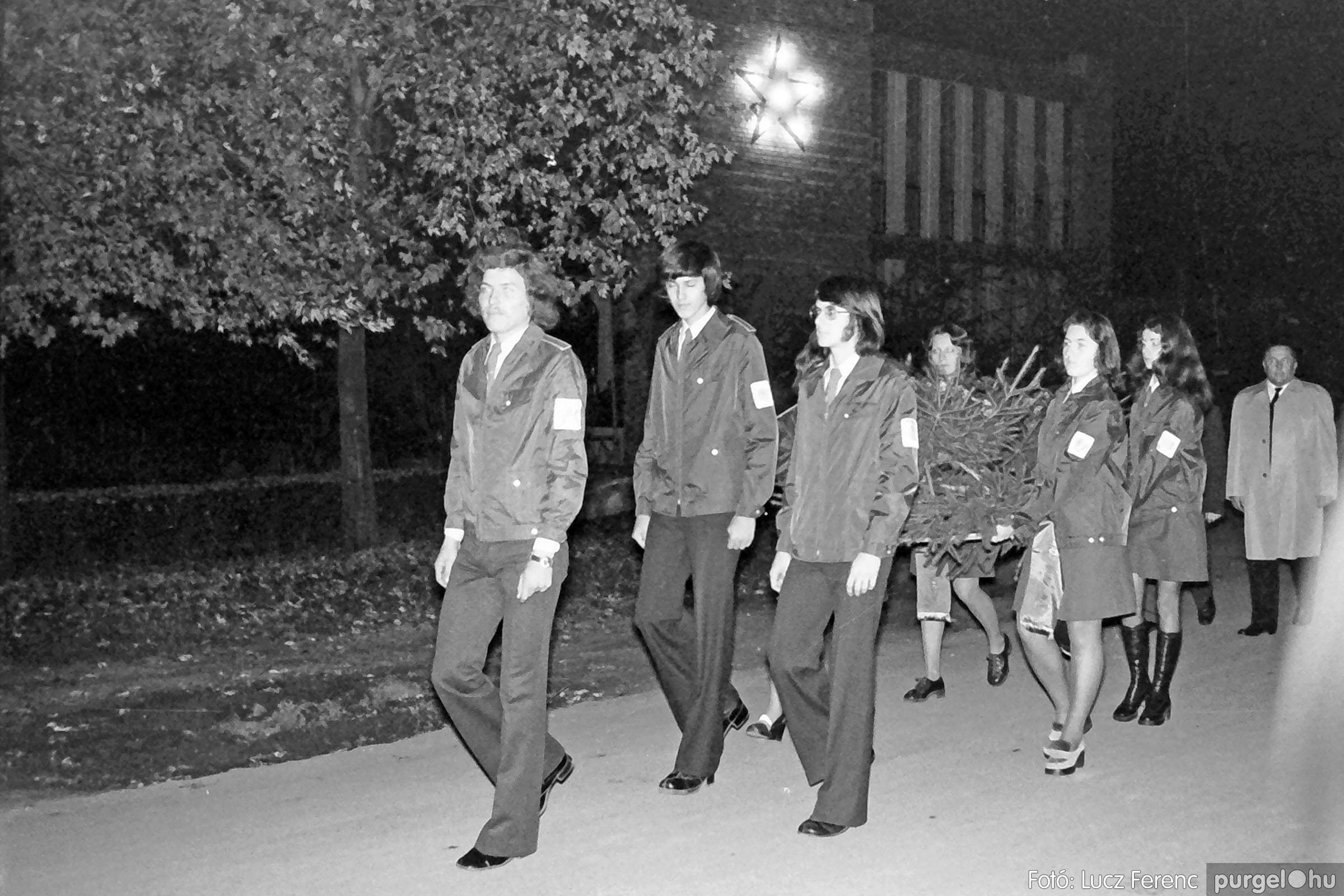 1975.11.07. 002 26. negatív - November 7-i ünnepség - Fotó: Lucz Ferenc - IMG00003q.jpg