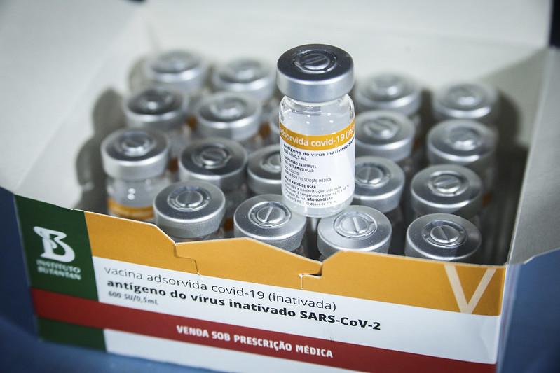 Distrito Federal recebe mais 37.400 doses da vacina CoronaVac