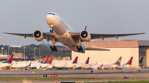 sunset msp boeing takeoff 777 airfrance kmsp 777200er b772 minneapolisstpaulinternationalairport mspairport 777228er fgspy afr673 mspcdg kmsplfpg