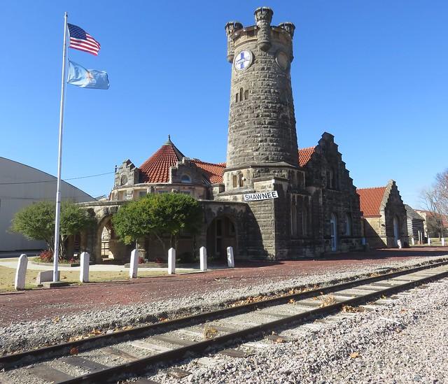 Old Santa Fe Railroad Depot (Shawnee, Oklahoma)