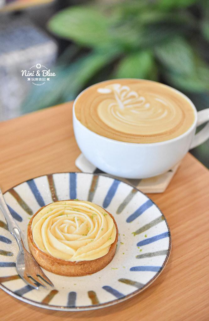 大里 波紋咖啡 不限時有插座 仁愛14