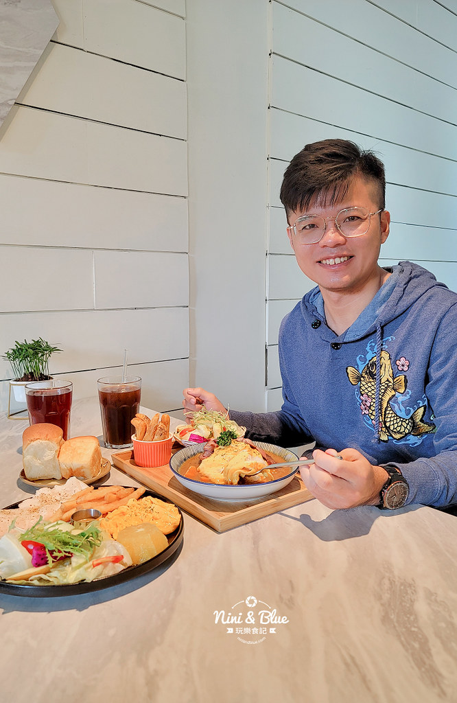 CONNECT咖啡  早午餐 台中新光三越14