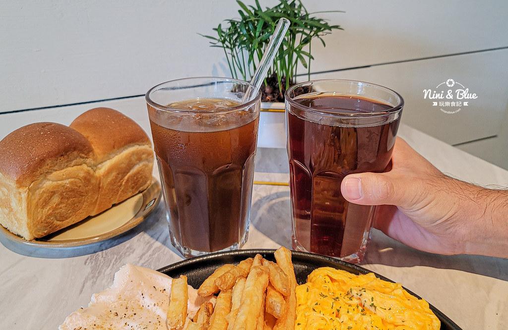 CONNECT咖啡  早午餐 台中新光三越07