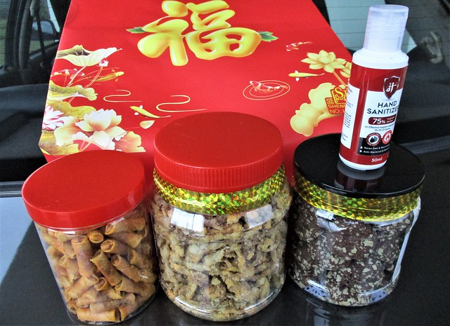 CNY goodies from Ah Lek, Saliah & family
