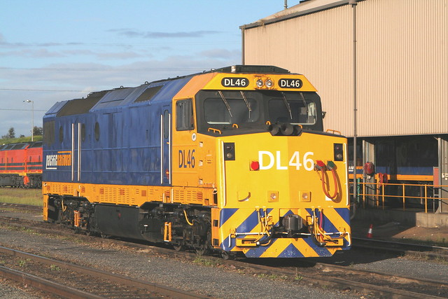 DL46 DRY CREEK LOCO 20th Oct 2005