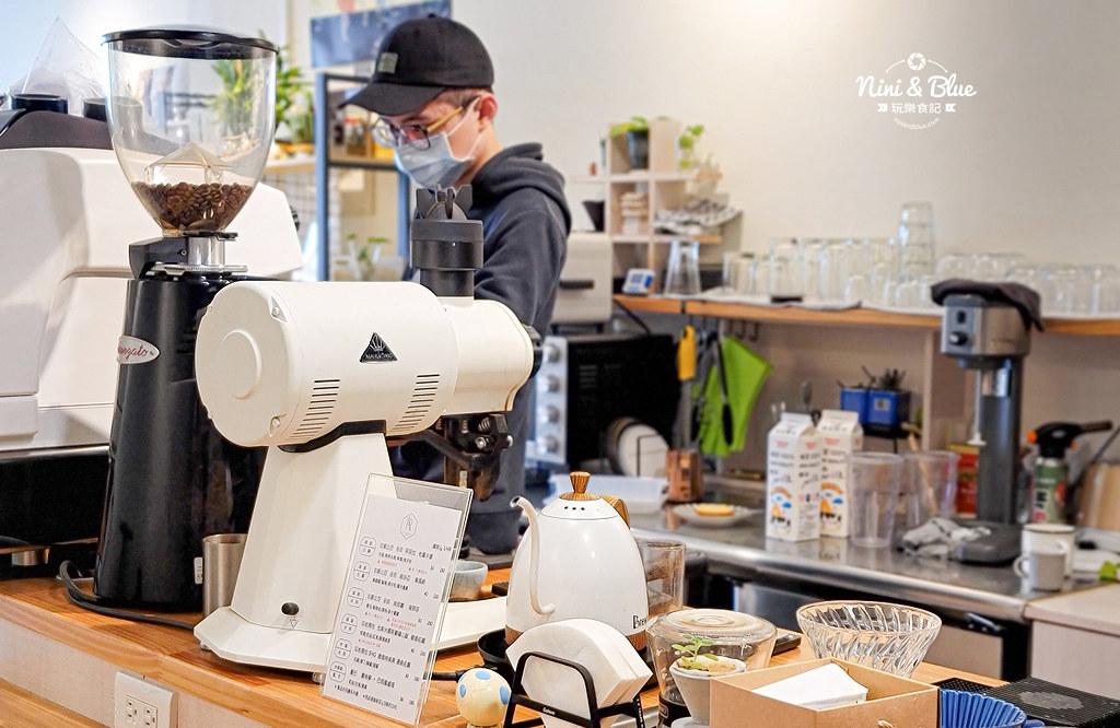 大里 波紋咖啡 不限時有插座 仁愛12