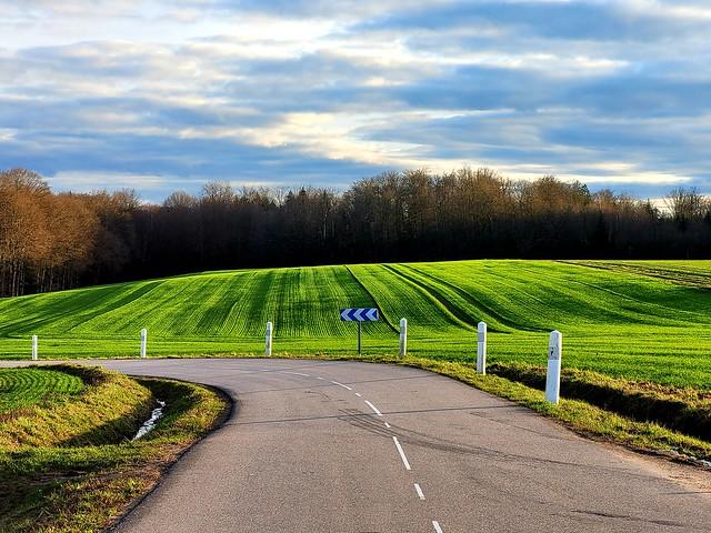 Girancourt road