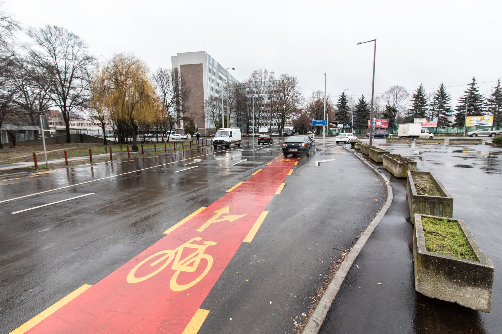 A Szeged Pólus nem érti, miért baj ha szarok az új bringautak