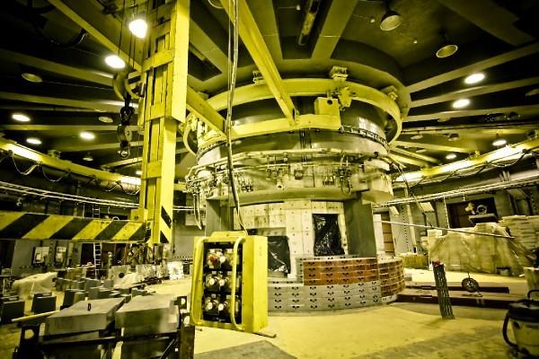 Сегодня в России запустили мощнейший в мире источник нейтронов 148