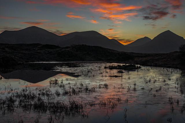 Sunrise over the Red Hills, Glen Sligachan, Isle of Skye, Scottish Highlands, Scotland, United Kingdom